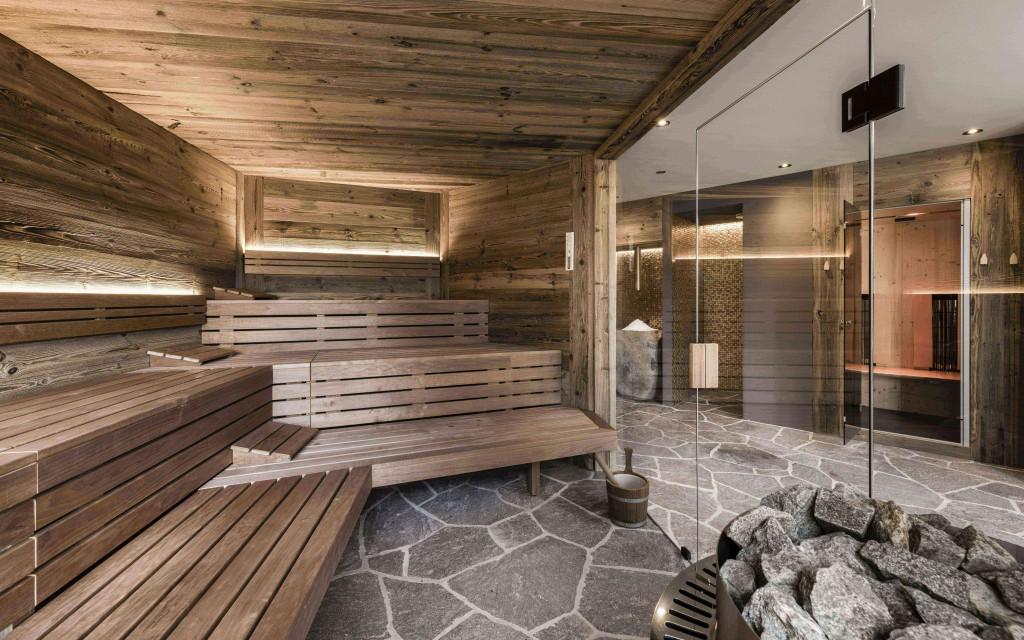 erholung_in_der_finnischen_sauna_c_hannes_niederkofler_presulis_lodge