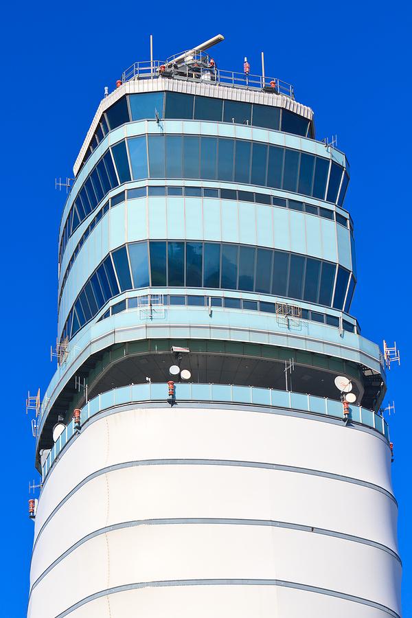 tower-flughafen-wien