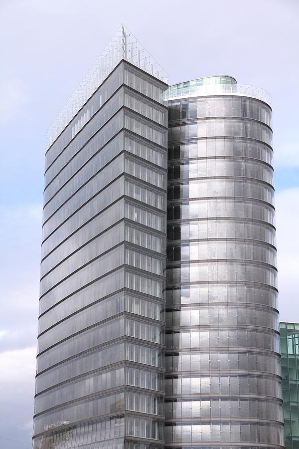 uniqa-tower-wien